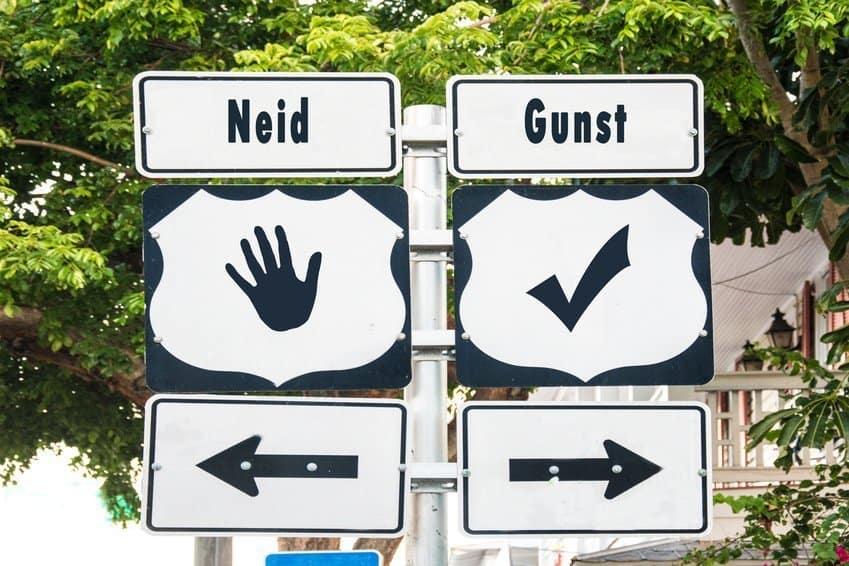 Straßenschild Keine Neider