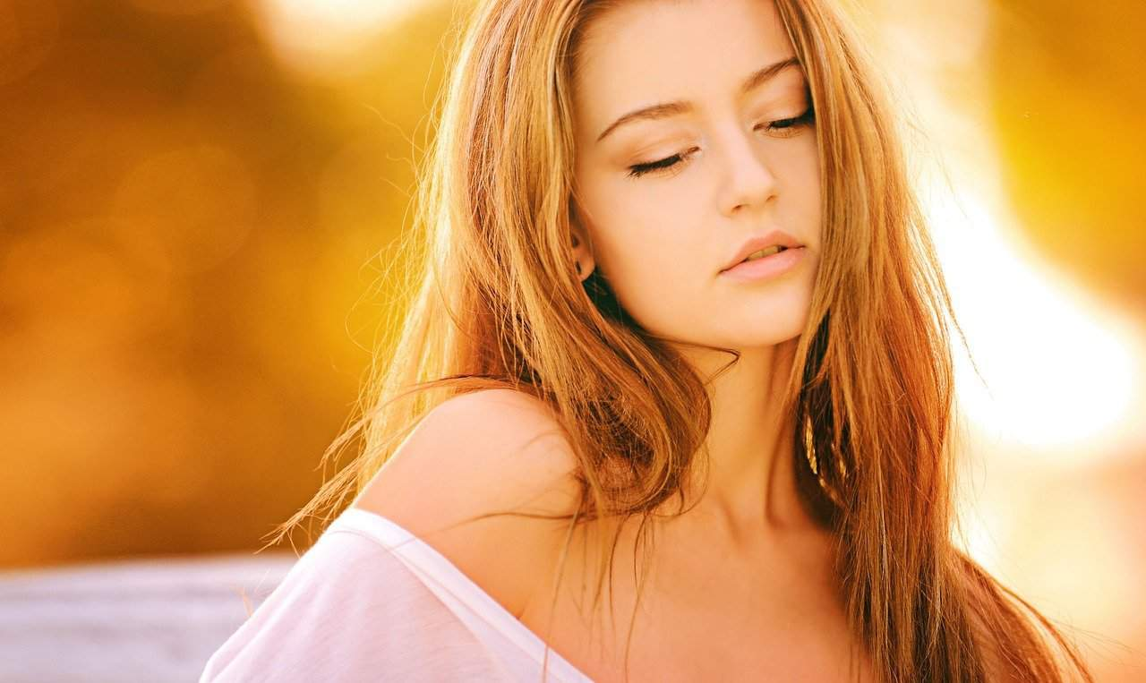 Altersunterschied, junge schöne Frau